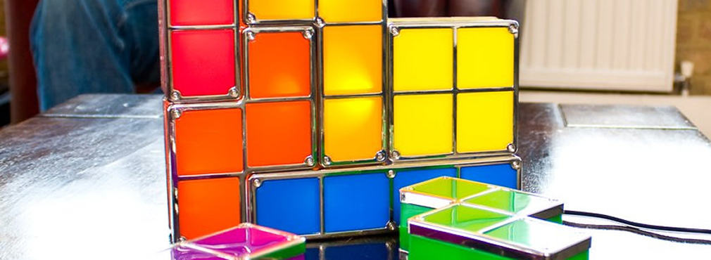 Reminisce about your misspent youth with this iconic, stackable, Tetris mood light. Build the colourful blocks of light any way you like!